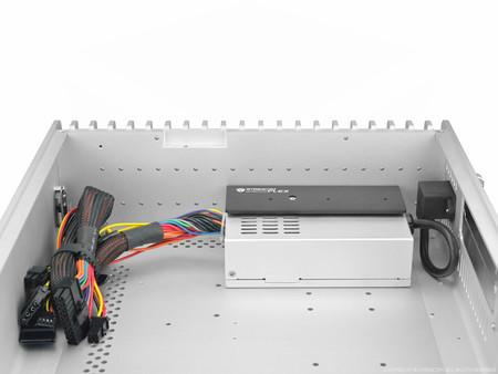 Streacom ZeroFlex 240 W – pasywny zasilacz o wymiarach Flex