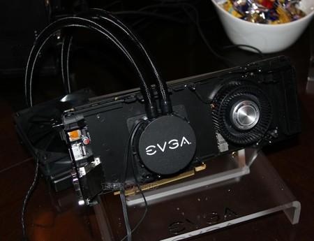 EVGA GeForce GTX 980 HydroCopper – karta graficzna z hybrydowym chłodzeniem