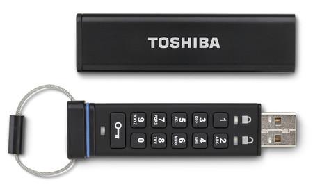 Szyfrowana pamięć flash drive od Toshiby